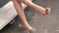 在线福利性感美女的白嫩美脚与透明高跟鞋