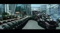 好莱坞影戏: 用一千人组分解蟒蛇, 大战