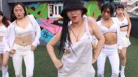 数十Dancers清一色天台共舞养眼舞蹈 恋之欲室相关视频