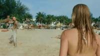 最新动作电影《美国刺客》开幕就是海滩大屠杀