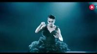 邓超男扮女装激情上演钢管舞, 简直太辣眼! 金星都被他给征服了~