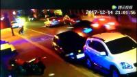 凌海 港街上演现实版速度与激情, 肇事司机连撞多车, 场面堪比电影大片!
