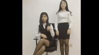 教手语的美女老师穿上黑丝制服不是一般的性感
