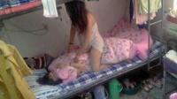 实拍:女生宿舍无聊的美女们 416