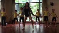 一群小美女在教室跳神曲C哩C哩舞蹈, 卡哇伊少女!