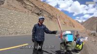 真厉害, 小伙子一个人骑行全中国, 还自己设计拖车, 都晒成这样了