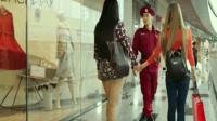 文松当保安就随便调戏商场美女 真是太�N瑟了 把赵四可坑苦了!