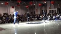 这才是正宗鬼步舞大赛 围观群众300多人 掌声不断 正宗的更精彩!