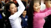 两位美女这是跳的什么舞? 这也太性感了吧!