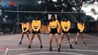 五个长腿美女跳电音舞, 动作整齐分不清, 连身材都一样!