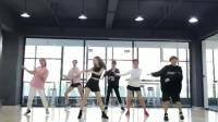 长腿女神们在舞蹈室热舞C哩C哩Panama, 领舞的妹子太美了!