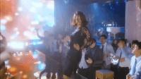 韩国电影, 不可描述的女主, 在婚礼上热舞, 原来是夜店女王!