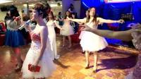 香港翻唱界九大美女大合唱《亲亲茉莉花》
