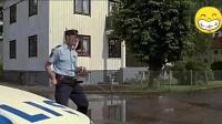 搞笑视频 这样的警察你见过吗? 未来战士吗? 我就不信你不笑