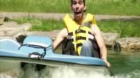 国外搞笑视频集, 歪果仁爆笑湖面恶作剧, 停不下来的小船