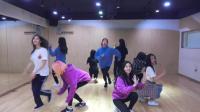 韩国新一代女团兔瓦斯, 舞蹈练习室现场, 青春貌美说的就是这群小姐姐吧!