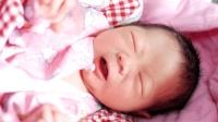 宝宝原本挺乖的, 每天不哭不闹只睡觉, 现在天天哭闹是什么原因?