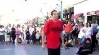 [独家放送]08年最强机械舞者Robert超酷街头表演之一!!!