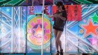台湾美女钢管舞表演1