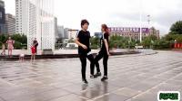 阿采原创广场舞 姐妹俩 对跳26步鬼步舞《闯天涯》都是基础步 简单易学