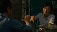 唐山大地震:女子与大叔吃饭聊天,地震那年一家四口变两口,听得我心酸!