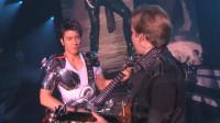 《龙的传人》现场太燃了!王力宏电吉他玩的真溜,帅哭了!