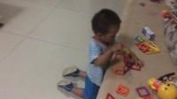 自己玩磁力片 儿童益智玩具 磁力片(宝宝两岁四个月了)