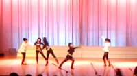 女子现代舞