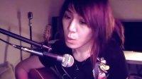 美女吉他弹唱齐秦《外面的世界》