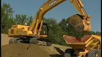 大型工程车:挖掘机是怎样工作的? 【大白菜育儿】