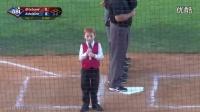 棒球开场男童打嗝唱国歌