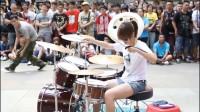 【美女的青春热舞】神秘女鼓手做大爆炸-奇妙的婴儿街表演