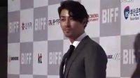 第十六届釜山国际电影节红毯登场-车胜元 腾讯娱乐