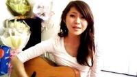 美女吉他弹唱南拳妈妈《下雨天》