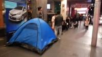 实拍悉尼苹果店附近的疯狂果粉军团(iPhone 6)!