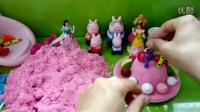 粉红小猪佩奇乔治做生日蛋糕过生日