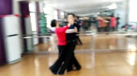 芜湖市三山区老年大学交谊舞班慢四步交谊舞教学示范。