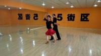潜江市李.杨.老师演示《金牌恰恰舞》。2017年6月28日