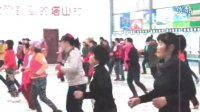 塔山村广场舞(最炫民族风)塔山村村民业余文化生活丰富多彩!