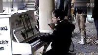 九利平台官网客户端下载地址总代QQ:313464888国外小孩都逆天!街头孩子精湛钢琴!