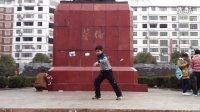 民工街舞团8岁学员在耒阳街舞蔡伦广场qq820672405