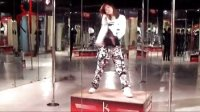 杭州钢管舞学校DDDD 色漫画之千金大小姐相关视频