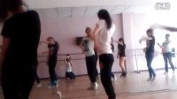视频: 阿拉尔易舞工作室课堂随拍 CRY CRY 咨询QQ:281525719