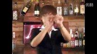 酒吧泡妞必备魔术魔术教学视频[演示] (2)