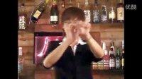 酒吧泡妞必备魔术魔术教学视频[演示](1)