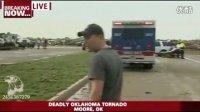 实拍恐怖龙卷风袭美国 俄克拉荷马市之后状况