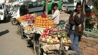 恶搞新疆人在河南卖水果被打
