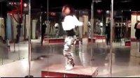上海轩依钢管舞教学视频——向老师 子曰:食色性也相关视频