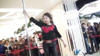 哈尔滨钢管舞学校 63阿姨跳钢管舞 哈尔滨罗兰钢管舞学校 小明永久平台播放�i域相关视频