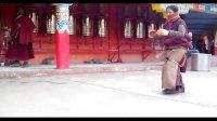 五明佛学院坛城磕大头视频